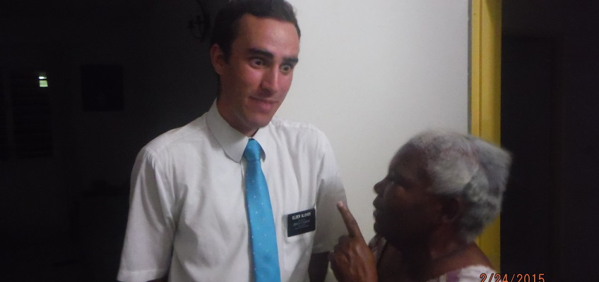 Elder Glover Getting Chewed Out By A Member Because She Doesnt Like Photos
